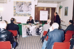 conf-stampa-girone