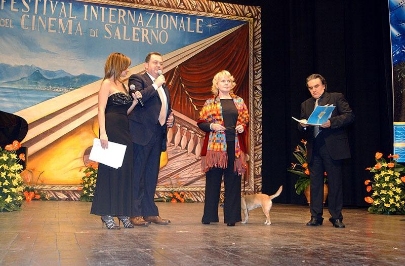 Luciano-Castro-premia-Katia-Ric