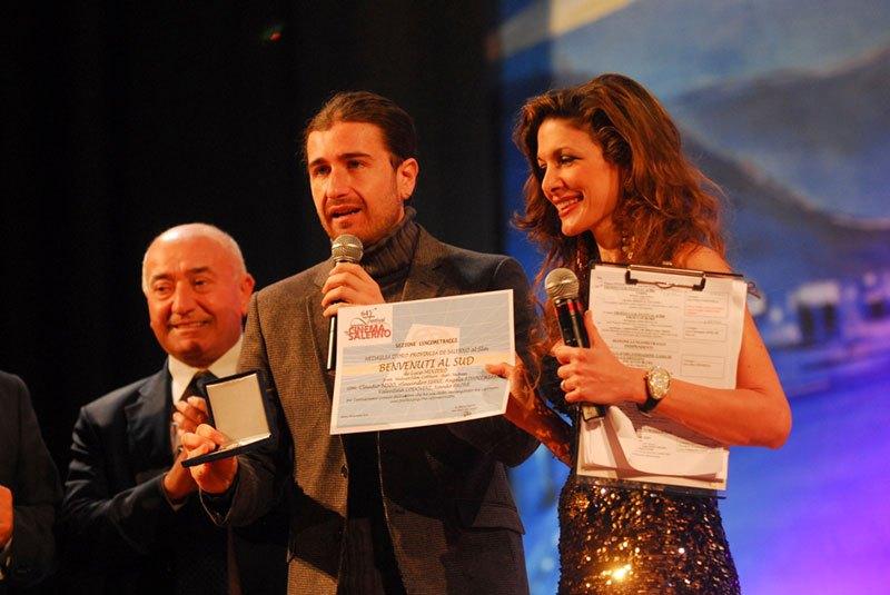 Alessandro-Siani-Bevuto-all-Sud1